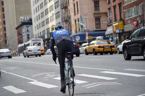 先日、自転車事故による賠償金 ...